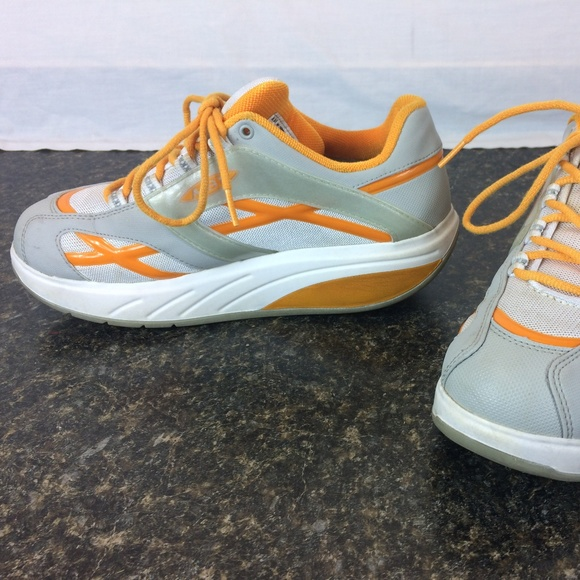 10702260fcbe MBT M. walk orange Grey Orange White Womens Athlet.  M 5b72f628c6177717b87ee7e7